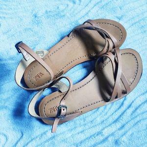 ZARA Tan Brown Strappy Leather Flat Sandals 34
